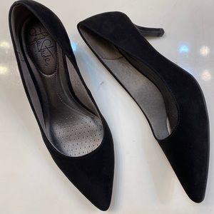 Life stride soft system black mini heel
